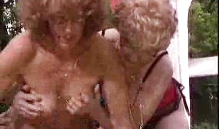 Stutzer ha portato la conoscenza in una gonna corta da visitare e ha iniziato con lei video erotici completi quando e dove vuoi