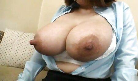Толстозадая signora geme ad alta voce durante la filmeroticigratis masturbazione anale tube