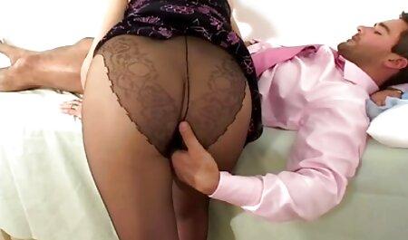 Il russo Gina Gerson con un fidanzata suzione e cazzo in punto con il Partner su il divano massaggi erotici donne mature