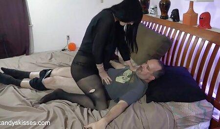 Maturo britannico in calze masturba film free erotici micio durante il Wirth