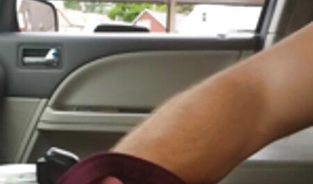 Uomo dipinge ragazza in gola e dà film porno erotici italiani le palle Leccare