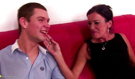 Sammer partner partner ha mostrato grande buffer e fatto di lui un pompino massaggi hot xxx