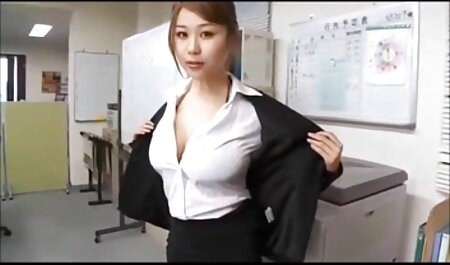 Vecchio video erotici sex scopa una giovane bionda in calze in taxi Taxi dopo pompino