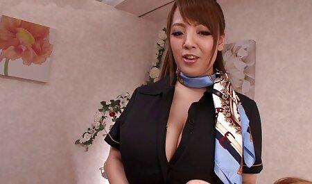 Due bruna amiche, erotismo italiano video a turno, godendo membro