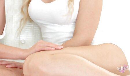 Tiffany bambola con elastico Fondo mostra мохнатую film eroticigratis figa e scopa con il massaggiatore