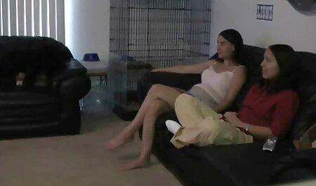 Nikki Knightly seduce un allenatore nero e ha fatto sesso film completi gratis erotici con lui nella sala