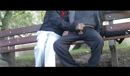 Bella молодуха ha mostrato cavalier elastico video erotico con trama culo, e l'uomo il suo mio osso lavandino
