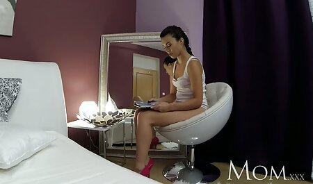 Nero Donna Rosa perizoma gira Culo nudo film erotico gratuito sul letto