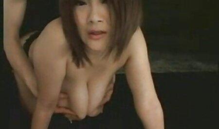 Procace mamma in bianco e con grande tette ha preso massaggi hot xxx con lei marito su il farm in orale sesso