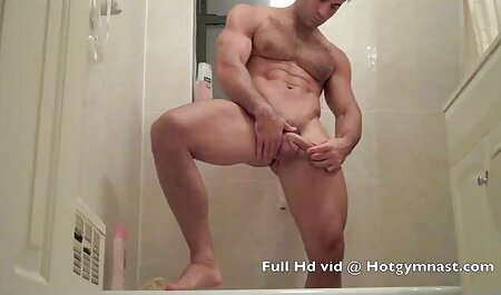 Snello collega mostra fresco tette e film erotici gratis da vedere succhia il cazzo