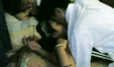 Gli amanti e MILF con i film erotici siti capelli corti tenuti in camera da letto