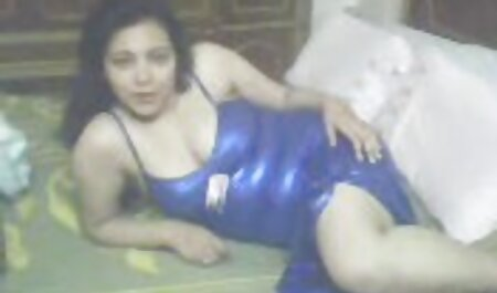 Procace asiatico in il lab coat diteggiatura cap video erotici lesbiche da vari strumenti