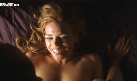 Maddy O Reilly in un video erotici dolci bianco t-SHIRT aveva sesso con il fidanzato su il pavimento