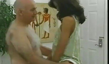 Grandi assoli della modella Lucie Theodorova film erotici in lingua italiana per i visitatori