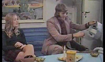La donna si sedette sul fidanzato Freund e filmerotico porno KLI clitoride con le dita