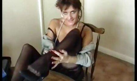 Procace video erotici gratis italiani donna nera leccare-berretto bianco da amiche