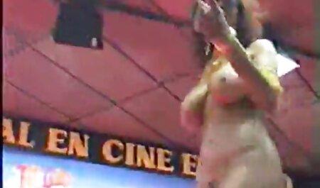 Uno studente ha dormito video erotici gratis italiani con la madre 40летней della sua ragazza