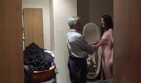 Sesso video erotici streaming tre nuovi arrivati con tre nero ловеласами con cazzi enormi