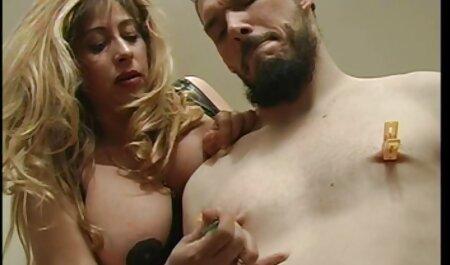 Milf bionda in uniforme Melker video erotici amatoriali italiani si occupa di un ragazzo sesso anale