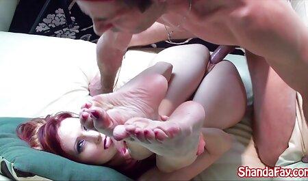 Matura signora in calze si film erotici francesi video sdraiò sul divano e si tolse il cazzo del giovane amico nel cappuccio