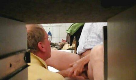 Brunetta spettacoli di video erotici giovani alta qualità pompino e cerca molto difficile
