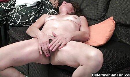 Sport ragazzo mettere il cancro video erotico trans ragazza vicino alla finestra e la tirò per la coda