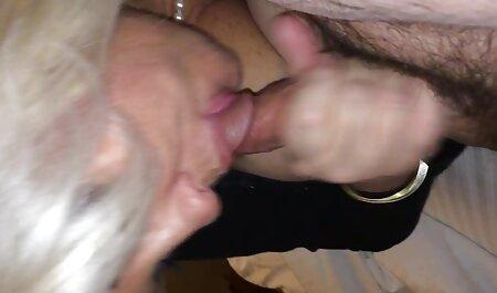 Caldo cameriera con grande Nähe closeness vuole destra video erotici mogli in il cucina